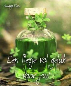 'Een flesje vol geluk voor jou!' gefeliciteerd nienke, een fijne dag groetjes leoniek