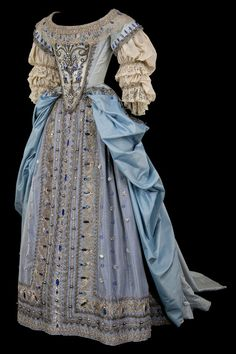 HISTORIC BLUE & TURQUOISE DRESS