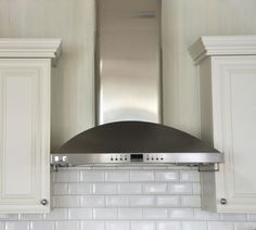 subway tile backsplash (note where tile stops and starts around hood) Kitchen Fan, Barn Kitchen, Kitchen Hoods, Kitchen Cupboards, Kitchen Redo, Kitchen Backsplash, Kitchen And Bath, Kitchen Remodel, Grey Backsplash