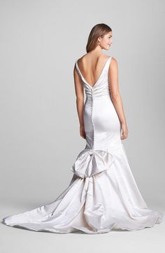 Anne Barge 'Chantal' gown