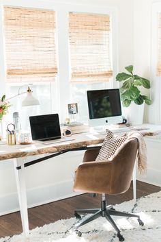 3 Things I've Learned Living in a Year Old Home – Jenna Kutcher – Home Office Design İdeas Sunroom Office, Home Office Setup, Home Office Space, Office Workspace, Home Office Design, House Design, Office Ideas, Office With Couch, Desk Behind Couch