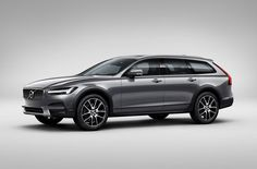 2018 Volvo V90 Cross Country front view, headlights