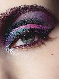 Beautiful Purple Eye Makeup