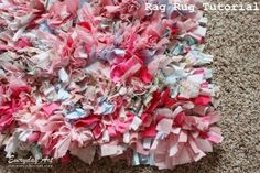 Love this cute rag rug! Perfect use for scrap fabric.
