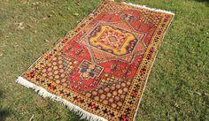 "4x6 ft. Vintage Colorful Turkish area rug ""Star"""
