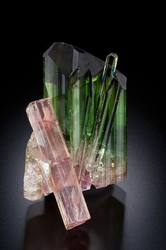 Elbaite- bicolor and pink Tourmaline / Mineral  Friends <3