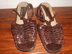 Pappagallo 7.5 M Brown Leather Braided T-Strap Flat Sandals Brazil Vintage #Pappagallo #TStrap #Casual