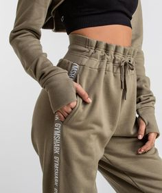 Fashion Tips Outfits Cute workout outfit.Fashion Tips Outfits Cute workout outfit. Cute Workout Outfits, Cute Lazy Outfits, Sporty Outfits, Athletic Outfits, Trendy Outfits, Fashion Outfits, Hiking Outfits, Fashion Hacks, Leggings
