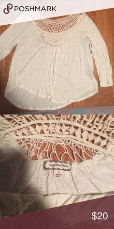 Lace trim 3/4 sleeve shirt Lace trim 3/4 sleeve length shirt from eyeshadow. Super cute and soft! Eyeshadow Tops Tunics