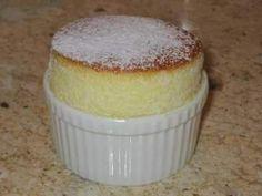 Sufleu de vanilie, Rețetă Petitchef Romanian Desserts, Sweet Memories, Something Sweet, Cake Cookies, Dessert Recipes, Dessert Ideas, Sweet Treats, Cooking Recipes, Pudding