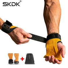 Fitness Works Gym Sport Store - Fitness Works Gym Sport Store Gym Gloves, Workout Gloves, Hand Gloves, Extreme Workouts, Gym Workouts, Fitness Works, Gym Fitness, Crossfit, Gymnastics Grips