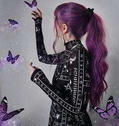 Pretty Hair Color, Beautiful Hair Color, Hair Color Purple, Hair Dye Colors, Girl With Purple Hair, Long White Hair, Fantasy Hair, Aesthetic Hair, Crazy Hair