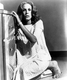 HALLOWEEN II, Jamie Lee Curtis, 1981.