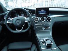 Équipements: ABS,Boîte automatique, Essence compatible E-10, Airbags frontaux et latéraux et autres, Antidémarrage,Bluetooth,Capteur de lumière,Carnet d'entretien,Climatisation automatique,Direction assistée,Éclairage …