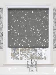 Waterproof blinds for bathroom windows amazing waterproof roman shades designs with best bathroom blinds ideas on home decor blinds for waterproof blinds Blinds For Bathroom Windows, Clean Window Blinds, Vertical Window Blinds, Sliding Door Blinds, Kitchen Blinds, Decor Blinds, Diy Blinds, Fabric Blinds, Curtains With Blinds
