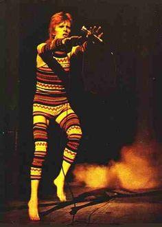 David Bowie bein' spooky