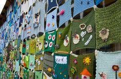 The (New) Knitted Town | Aprile 2012 Mettiamoci una Pezza, L… | Flickr