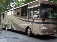 Gorgeous Class A RV for sale!! Preowned, 2005 Winnebago Journey in Sykesville, MD - $75,000 - RVTrader.com #rvforsale #classarv