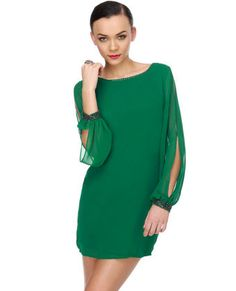 Love this dress for the holidays. Maybe even New Years?