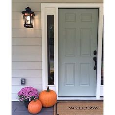 Oyster Bay SW 6206 is a perfectly light, neutral blue for your front door.