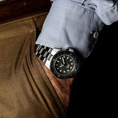 simone nunziato + giovanni moro's unimatic watches combine classic and contemporary detailing Watch Brands, Seiko, Wood Watch, Omega Watch, Rolex Watches, Mens Fashion, Contemporary, Classic, Jeep Wrangler