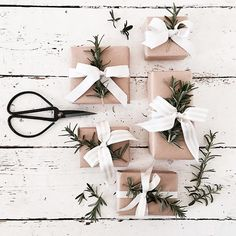 Brown paper packages, beautifully presented with our ribbon and florist scissors we love your style Christmas Gift Box, Homemade Christmas Gifts, Christmas Gift Wrapping, Christmas Time, Xmas, Wedding Favours Easter, Soap Wedding Favors, Handmade Wedding Gifts, Brown Paper Packages