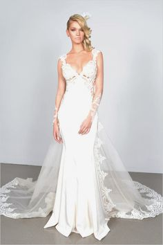 Galia Lahav 2015 Wedding Dresses --- http://www.weddingchicks.com/2014/06/12/galia-lahav-couture-spring-2015-collection-2/