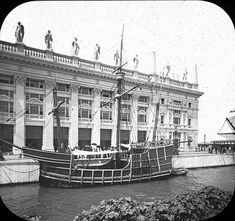 World's Columbian Exposition: Pinta, Chicago, United States, 1893. Pinta, [replica of the ship docked]; 'WF'. Brooklyn Museum Archives, Goodyear Archival Collection (S03_06_01_016 image 2236).