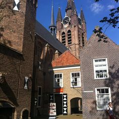 """The Prinsenhof (""""The Court of the Prince"""") in Delft in the Netherlands is an urban palace built in the Middle Ages as a monastery. Later it served as a residence for William the Silent. The building still exists and now houses the municipal museum. William was murdered in the Prinsenhof in 1584"""