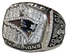 New England Patriots 2001 Super bowl Championship ring.