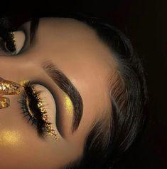 🌹Ꮲɪɴᴛᴇʀᴇsᴛ|@sɴᴇᴀᴋᴇʀ ʙᴀᴇ Makeup Eye Looks, Eye Makeup Art, Cute Makeup, Gorgeous Makeup, Pretty Makeup, Skin Makeup, Eyeshadow Makeup, Makeup Set, Eyeshadow Palette