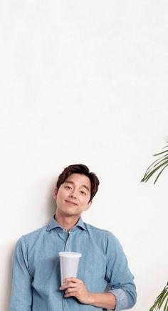 Gong Yoo Smile, Goong Yoo, Goblin Gong Yoo, Coffee Prince, Kdrama, Selfie, Mirror, Drinks, Korean Actors