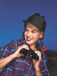1946 / Norma Jeane à 20 ans, future Marilyn,sous l'objectif de Richard C MILLER