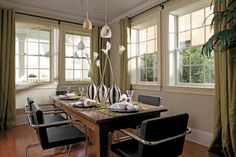 A popular choice for window replacement, double-hung windows are easy to operate and clean. Many styles and materials options to choose from. Wood Windows, Casement Windows, House Windows, Windows And Doors, Pella Windows, Bay Windows, Double Hung Windows, Chic Living Room, Dining Room Inspiration
