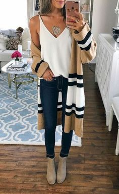 Need cute ideas for trendy fall outfits? Look no further. We found 15 hottest fa… Need cute ideas for trendy fall outfits? Look no further. We found 15 hottest fall looks for back to school, work, or play! Trendy Fall Outfits, Fall Fashion Outfits, Fall Fashion Trends, Mode Outfits, Look Fashion, Autumn Fashion, Casual Outfits, Womens Fashion, Winter Outfits