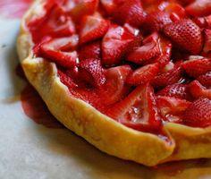 best christmas dessert recipes, super bowl dessert recipes, easy dessert recipes uk - Strawberry Recipes - Strawberry Crostata