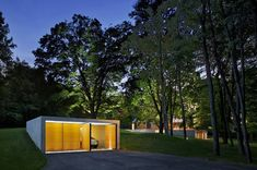 Roger Ferris + Partners restore former Wiley House and add art gallery, pool house, and garage