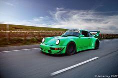 RAUH-Welt BEGRIFF Porsche 911 964