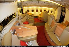 Air France Boeing 777-328/ER First class...MAG NIF IQUE