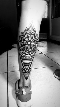Hipster Tattoo, Tribal Tattoos For Men, Cool Tattoos For Guys, Badass Tattoos, Black Tattoos, Leg Band Tattoos, Back Of Leg Tattoos, Bull Tattoos, Hand Tattoos