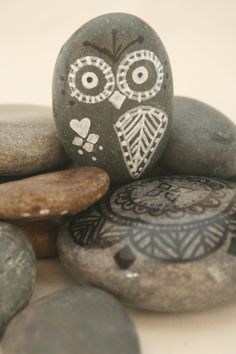 Hand Painted Rock Owl on Etsy by MadeWLovebyKara - this is totally cute!