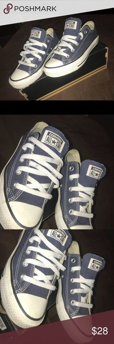 Converse Navy Like new ! Only worn a couple times . Navy size 5.5 women's Converse Shoes Sneakers