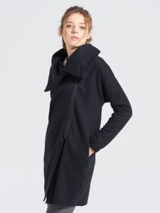 Dzianinowy płaszcz