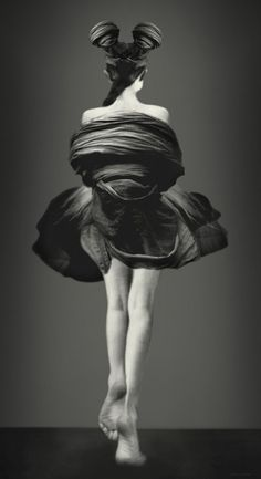 Kahmann Gallery Amsterdam: Photoworks Beyond Reality by Schilte & Portielje Artistic Fashion Photography, Art Photography, Amsterdam, Photocollage, Famous Photographers, Human Art, Black And White Pictures, Photo Illustration, Fashion Art