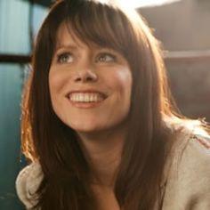Sara Groves - music news, albums, reviews, songs, downloads, videos | TodaysChristianMusic.com
