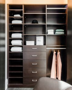 Merveilleux This Madison Avenue Walk In Closet Was Designed By Stacy Skolsky U0026 Katie  Hodgson, Two Designers At California Closets. They Used Our Wenge Finish.