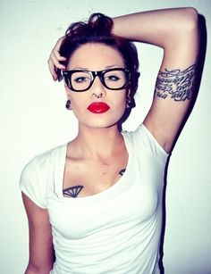 beautiful red lips and diamonds on her chest.  InkGals #tattoo
