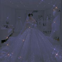 Princess Ball Gowns, Princess Wedding Dresses, Dream Wedding Dresses, Wedding Gowns, Prom Girl Dresses, Ball Dresses, Bridal Dresses, Aomine Kuroko, Sparkly Gown