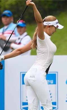 Women Golfers Golf Tournament Outfit Womens Golf Fashion Womens Golf Fash Golf Tournament Outfit Womens Golf Fashion Womens Golf Fashion Golfing Outfits For Women Girls Golf, Ladies Golf, Women Golf, Sexy Golf, Beautiful Athletes, Sporty Girls, Golf Fashion, Female Athletes, Women Athletes