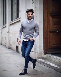 5 Shades Medium Skin Men Should Avoid Wearing - Men's Fashion - Denim Fashion Mens Fashion Sweaters, Mens Fashion Suits, Men's Fashion, Fashion Styles, Fashion Tips, Street Fashion, Fashion Quotes, Fashion Ideas, Vintage Fashion